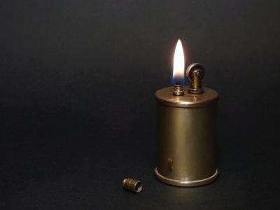 lighter-1812864_960_720.jpg