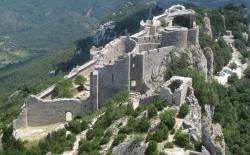Bild: chateau_de_peyrepertuse_1.jpg