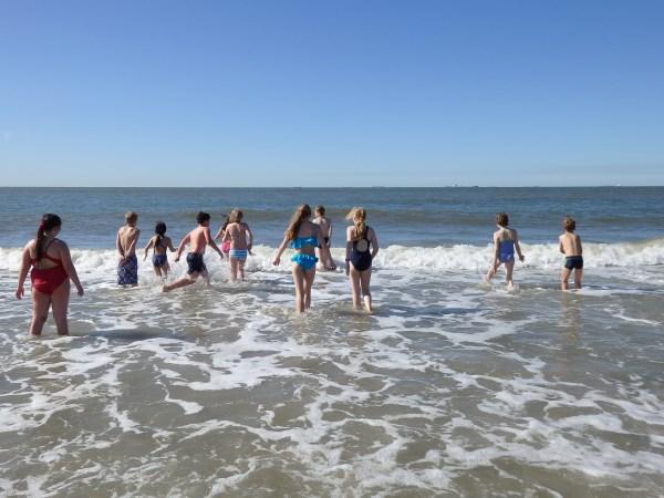 Unsere Klassenfahrt nach Wangerooge / Das Baden im Meer ...